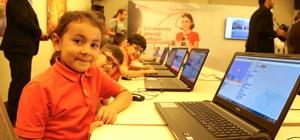 Vodafone'dan Konyalı çocuklara kodlama eğitimi