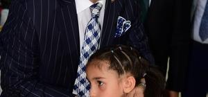 Mahalle muhtarları ve belediye meclis üyeleri iftarda buluştu Osmaniye Belediye Başkanı Kadir Kara, mahalle muhtarları ve belediye meclis üyeleri ile iftarda bir araya geldi