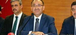 """Başbakan Yardımcısı Bozdağ: """"CHP Türkiye'de sistem değişmemiş gibi seçim hazırlığı yapıyor"""" """"Değişimi henüz hazmedebilmiş değiller"""" """"Allah'ın izniyle 24 Haziran değişimi hazmedemeyenlere değişimi hazmettirme günü olacaktır"""""""