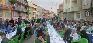 Sandıklı'da mahalle iftarları yoğun katılım ile devam ediyor