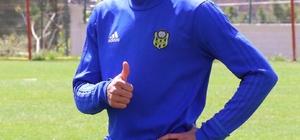 Evkur Yeni Malatyaspor'un Brezilyalı forveti Gilberto eski kulübüne dönüyor