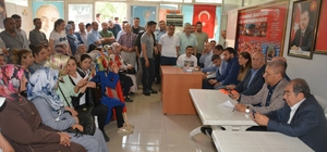 """Şanlıurfa milletvekili aday listesine tepki gösteren partililere hitap eden Belediye Başkanı Pınarbaşı: """"Aday listesine tepki partimize zarar vermemelidir"""""""