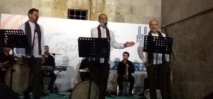 Grup Tillo seslendirdiği ilahilerle Erzurumlulara manevi feyzi yüksek bir gece yaşattı