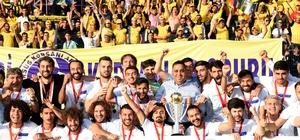 """Tarsus İdman Yurdu 2. Lig'de Başkan Can: """"İnandık, başardık. Emeği geçenleri kutluyorum"""""""