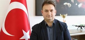 Cevizci Scientix büyükelçisi seçildi Muğla Bilim ve Sanat Merkezi Müdürü ve Matematik öğretmeni Bekir Cevizci, Avrupa Okul Ağı'nın (Schoolnet) Scientix Büyükelçiliğine seçildi.