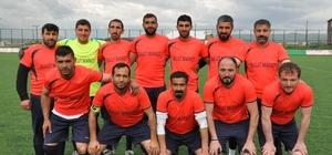 """Kars'ta, """"Kurumlar Arası Futbol Turnuvası"""" sona erdi Turnuvanın şampiyonu Esnaf Spor oldu"""