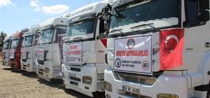 Afrin'e 6 tır insani yardım malzemesi