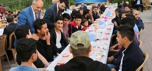 Yahyalı'da 'Kardeşlik Sofrası' Kirazlı Mahallesinde kuruldu