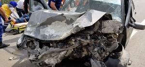 Tıra arkadan çarpan otomobilin sürücüsü ağır yaralandı