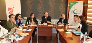 AB Türkiye Delegasyonu Başkanı Büyükelçi Berger, Suriyeli Ravda'yı ziyaret etti