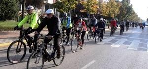 İzmit'te 6 bin 500 kişi bisiklet kullanmayı öğrendi