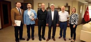 Başkan Karaosmanoğlu, Kandıra Lisesi Mezunlar Derneği'ni ağırladı