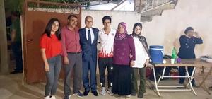 Başkan Kayda'dan dünya şampiyonuna evinde sürpriz ziyaret