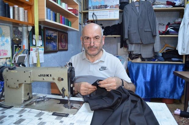 Sayıları 700'lerden 150'lere kadar geriledi Trabzon'da yarım asırdır terzilik yapan Kadir Akyazı, artık hazır konfeksiyonun tercih edildiğinden mesleklerini tamir yaparak sürdürdüklerini belirtiyor