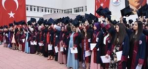 MYO'larda mezuniyet heyecanı Vezirköprü, Havza ve Kavak MYO mezunlarını uğurladı