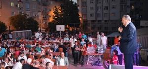 Yunusemre'de iftar sofrası Topçuasım'da kuruldu