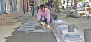 Turan Özdemir Caddesi yenileniyor