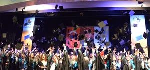 Genç iletişimcilerin mezuniyet heyecanı