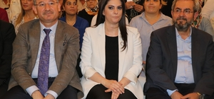 Bakan Sarıeroğlu, topuklu ayakkabıdan vazgeçiyor AK Parti Adana milletvekilleri tanıtıldı