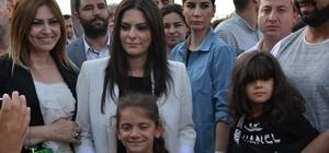 """Bakan Sarıeroğlu: """"Şimdi bir olma, birlik olma vakti. Başka bir 24 Haziran yok"""" Bakan Sarıeroğlu vatandaşlarla iftar yaptı"""