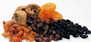 Şekerin alternatifi kuru üzüm, kuru incir, kuru kayısı Şekerin alternatifi kuru meyveler