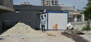 Gece bekçisi şantiyede ölü bulundu Şantiyeye gelen müteahhit bekçiyi konteynerde ölü buldu