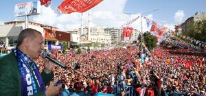 """Cumhurbaşkanı Recep Tayyip Erdoğan 24 Haziran öncesi ilk mitingini Erzurum'da yaptı """"Bu defa ekonomik savaş ilan ettiler"""" """"Finans piyasalarında kur üzerinde oynanan oyunları da kısa sürede boşa çıkaracağız"""" """"Kur oyununu kısa sürede boşa çıkaracağız"""" """"Paraları dolara avroya yatırmasınlar. Kısa zamanda kur balonunu söndüreceğiz"""" """"Diğerleri yerle yeksan edeceğiz"""" """"Bunlara kalsa tüm eserleri yıkacaklar. Yerli otomobili ilkel bulanın kendisi ilkel. Bunlar cami bulursa cami, fabrika bulursa fabrika yıkarlar. Gönül yıkmakta üzerlerine yok"""""""