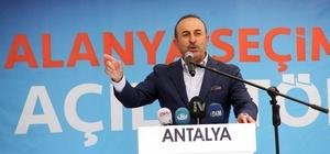 """Bakan Çavuşoğlu:"""" Terör destekçisi CHP'ye miting yapma izni veriyor"""" Dışişleri Bakanı Mevlüt Çavuşoğlu: Birileri diyor ki, 'Vakit tamam' o vakit senin için tamam kardeşim. Biz daha yeni başladık"""""""