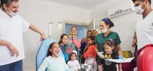 Özel çocuklar ve yaşlılara diş kontrolü