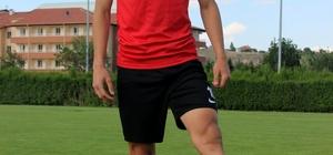 """(Özel Haber)  Kayserispor'un alt yapı futbolcusu PSG kampına davet edildi Kayserispor Kulüp Başkanı Erol Bedir: """"Kendi içimizden oyuncu yetiştirip futbol arenasına sunamadık"""""""