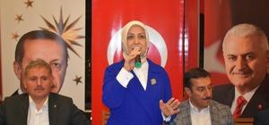 AK Partili adaylar basın ile sahurda bir araya geldi