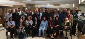 40 yıllık dostlar iftarda buluştu Eskişehir Atatürk Lisesi mezunları iftar yemeğinde bir araya geldi