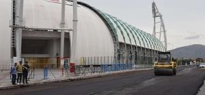 Akhisar Stadyumu etrafına asfalt çalışması