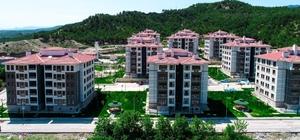 Osmancık'ta 198 aileye evleri teslim edildi Osmancık belediyesi tarafından inşa edilecek kent park ve yüzme havuzu ile Toki konutlarının temeli atıldı