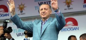 """Cumhurbaşkanı Erdoğan'dan milletvekillerine """"İnce'ye dava açın"""" çağrısı Cumhurbaşkanı Recep Tayyip Erdoğan, Konya'da düzenlenen mitinge katıldı Cumhurbaşkanı Erdoğan: """"Benim milletvekili arkadaşlarımıza hırsız ithamında bulunan İnce'ye dava açın"""" """"Millet sana paşamızın apoletlerini sökecek fırsatı hiçbir zaman vermez"""""""