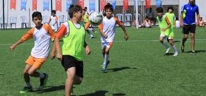 Talas'ta üçüncü futbol akademisi heyecanı