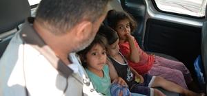 3 küçük kardeş oynarken kayboldu Adana'da oynarken evlerinden uzaklaşan ve yollarını kaybeden 3 kardeş vatandaşlar tarafından bulunup karakola götürüldü