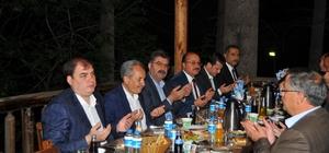 Başkan Akkaya'dan ilçe protokolüne iftar