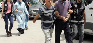 FETÖ'cü karı-koca gaybubet evinde yakalandı Adana'da FETÖ'ye üye olmak ve yöneticilik yapmak suçlamasıyla aranan karı-koca gaybubet evinde gözaltına alındı