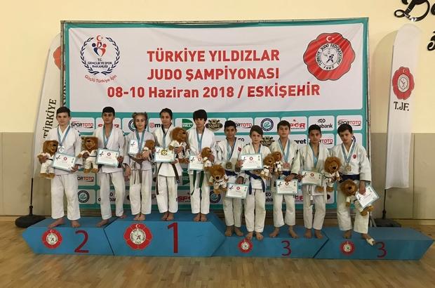Kağıtsporlu judocular Eskişehir'den 15 madalya ile döndü