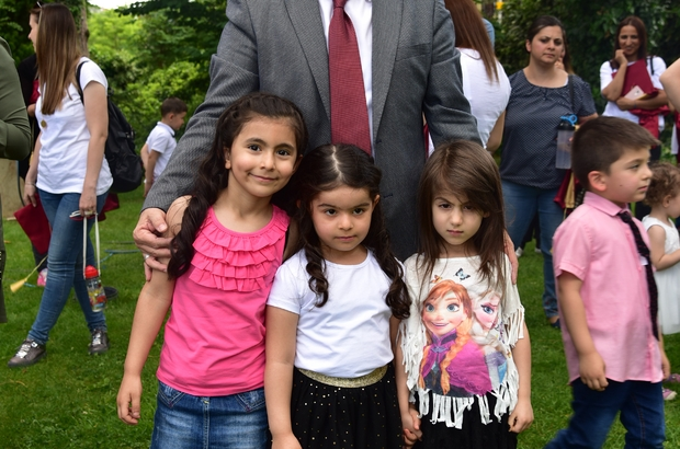 Başkan Can'dan çocuklara bayram hediyesi