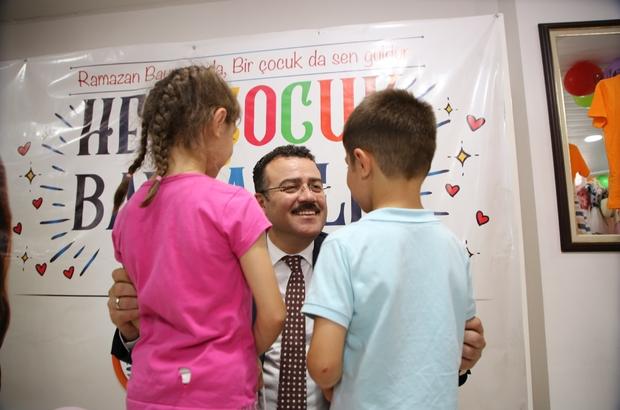 """Atakum'da yüzlerce çocuğun yüzü güldü """"Her Çocuk Bayramlık İster"""" kampanyası"""
