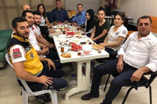 Ensarioğlu, sahuru ASHİ çalışanları ile yaptı