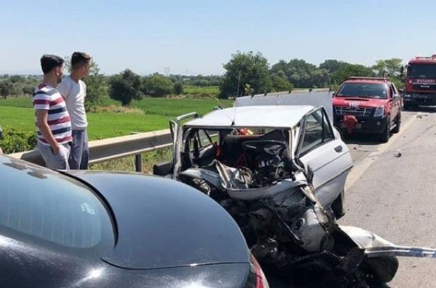 Manisa'da zincirleme trafik kazası: 1 ölü, 1 yaralı