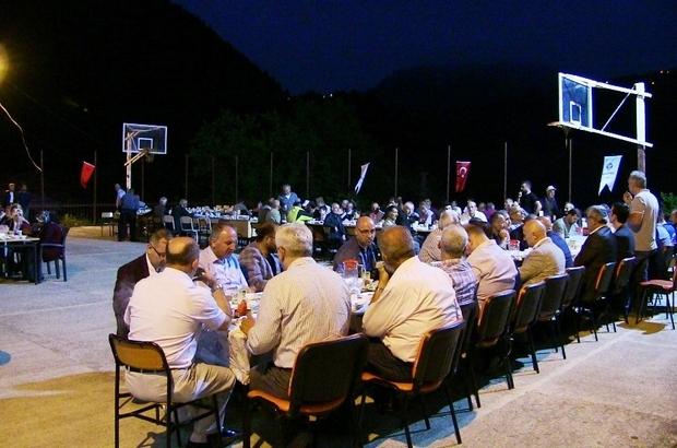 Macahel'de iftar sofrası kuruldu