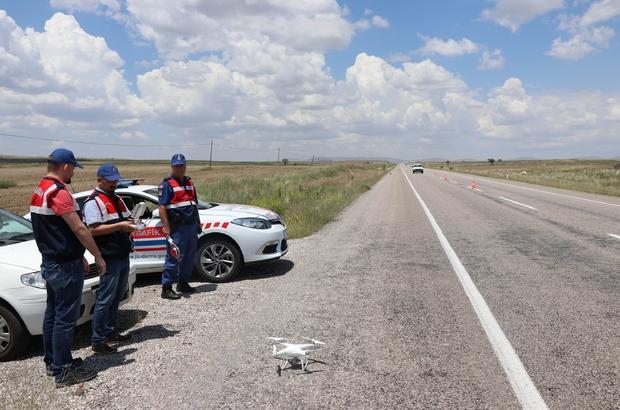 Jandarmadan 'drone'li trafik denetimi Kayseri'de bayram öncesi trafik denetimleri artırıldı
