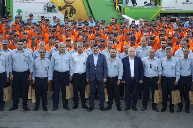 Başkan Fadıloğlu, temizlik personelleriyle bayramlaştı