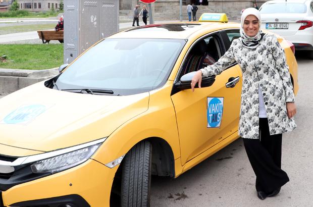 """Taşkesenlioğlu seçim çalışmasını """"Vakit Taksi""""de yaptı"""