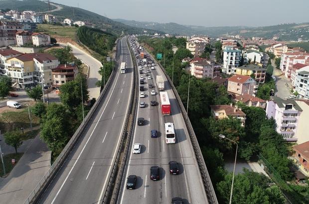 TEM'deki bayram  trafiği havadan görüntülendi