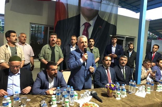 Bakan Arslan Kağızman'da 5 bin kişiyle iftar açtı